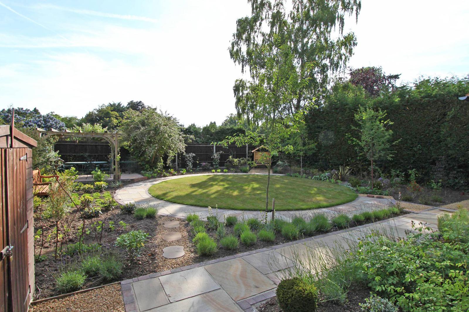 garden-designer-in-Berkshire